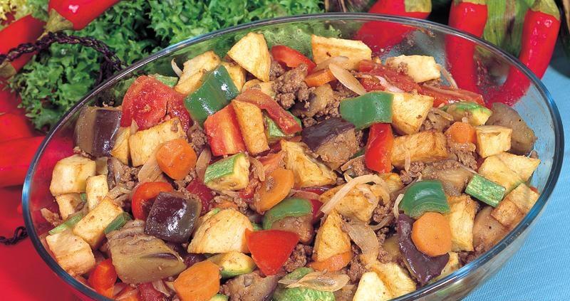 اكلة الخضروات باللحم المفروم 343