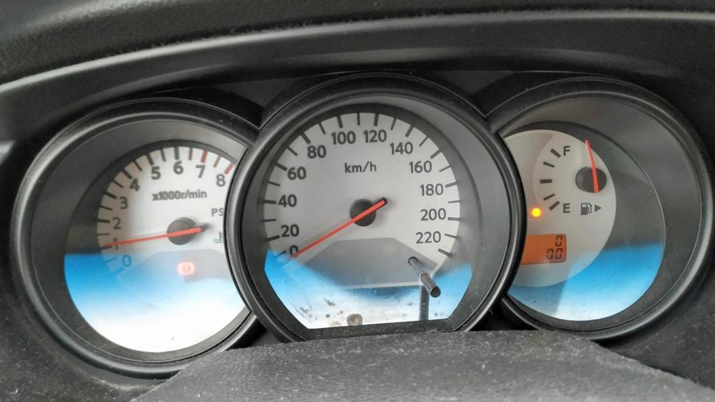 Pane no painel de instrumentos / velocimeto Img_2010