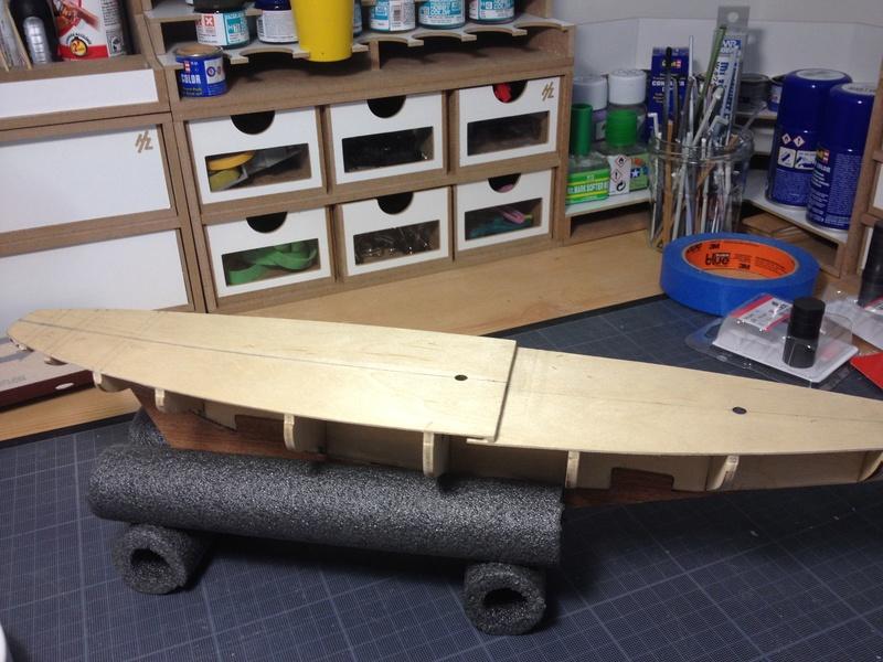 Mon 1er bateau bois: BLUENOSE 1/100° Img_2610