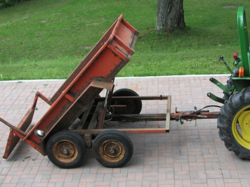 tracteur avec equipement (VENDU) Remorq10