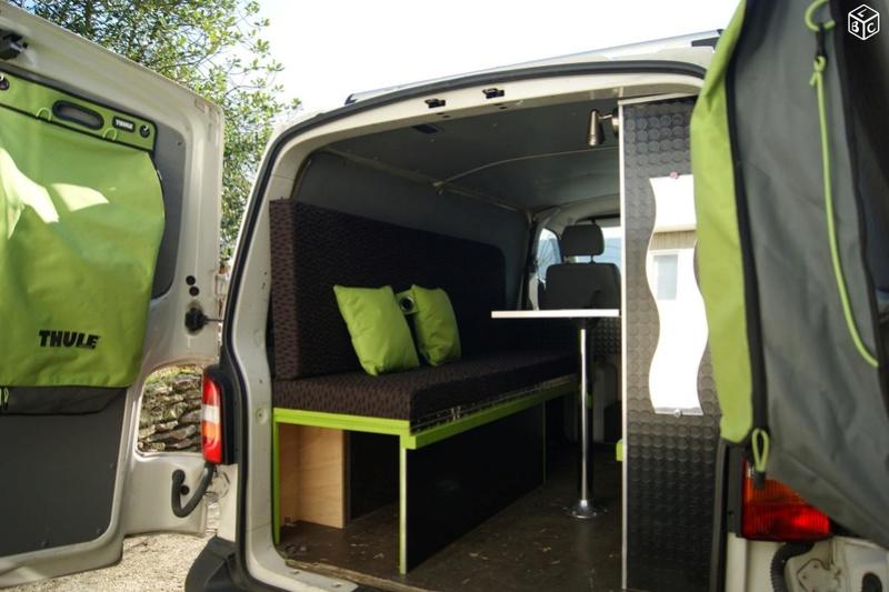 VENDS KIT COMPLET de camping (sur-mesure) pour VAN VW T5 Van311