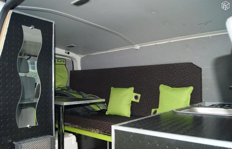VENDS KIT COMPLET de camping (sur-mesure) pour VAN VW T5 Van611