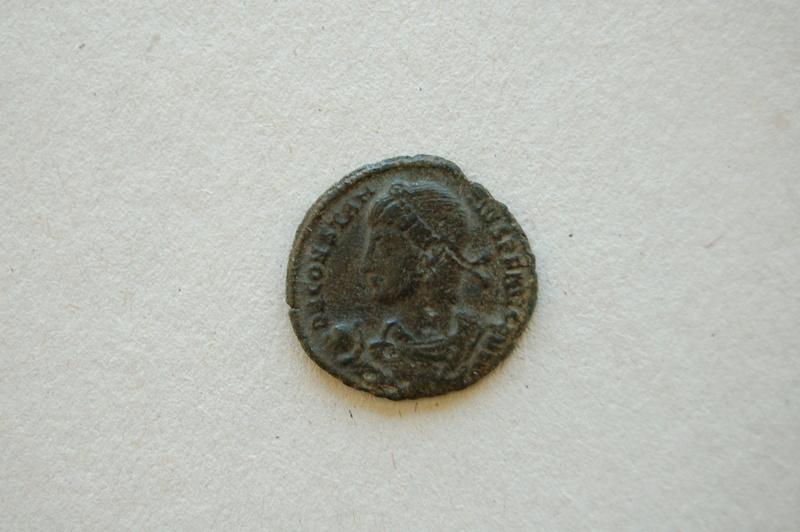 Moneda del Imperio romano o de algún juego de mesa actual. Dsc_0011