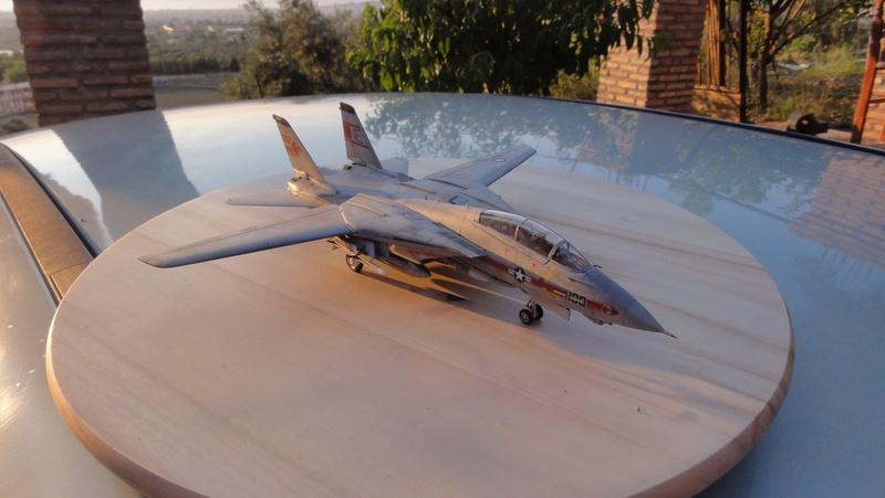 F-14A Tomcat Wolfpack 1/72 Academy(noooot) Dsc01010