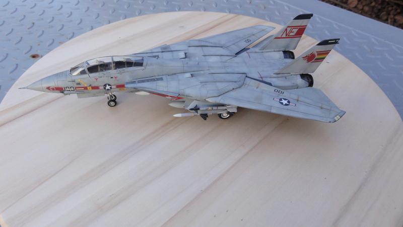 F-14A Tomcat Wolfpack 1/72 Academy(noooot) Dsc01028