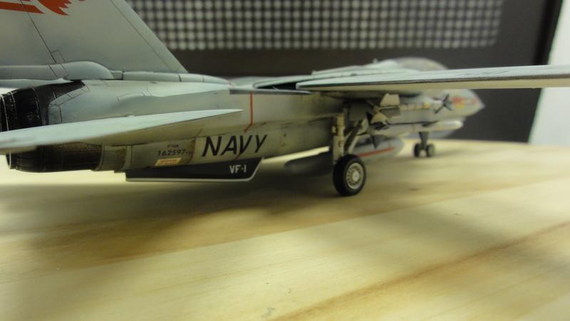 F-14A Tomcat Wolfpack 1/72 Academy(noooot) Dsc01037