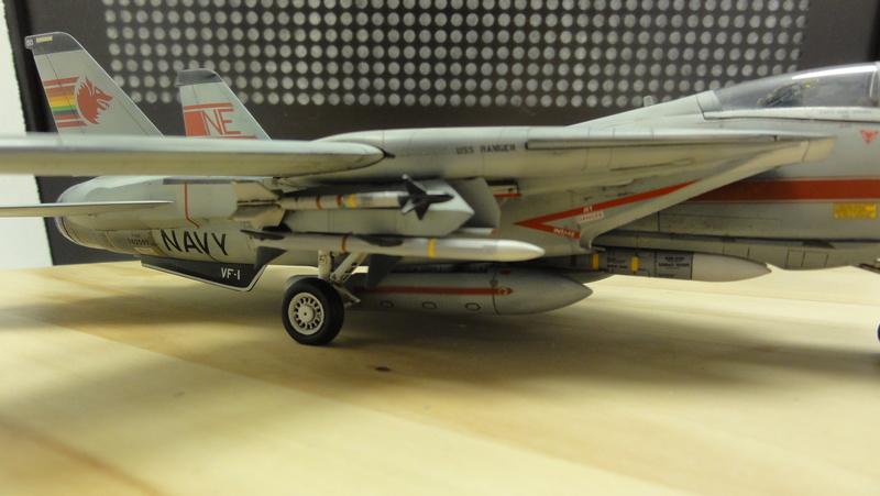 F-14A Tomcat Wolfpack 1/72 Academy(noooot) Dsc01038