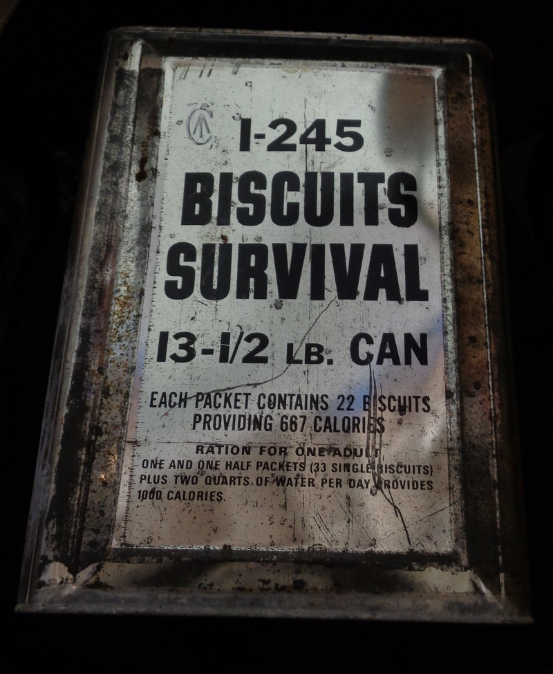13.5 Lb. Tin of Survival Biscuits Can_111