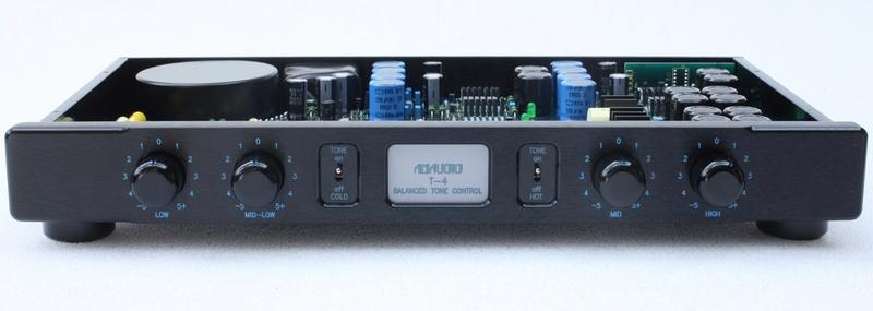 Primer amplificador integrado PMC 911710