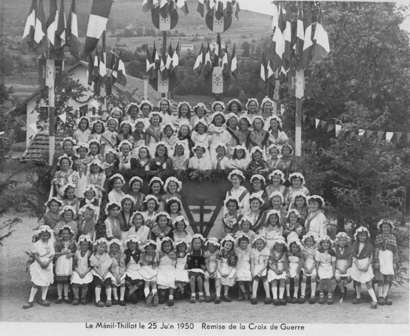25 juin 1950 remise de la Croix de Guerre au MENIL-THILLOT Me010
