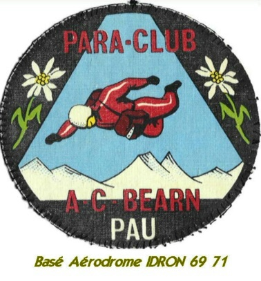 Aérodrome d'Idron Paracl10