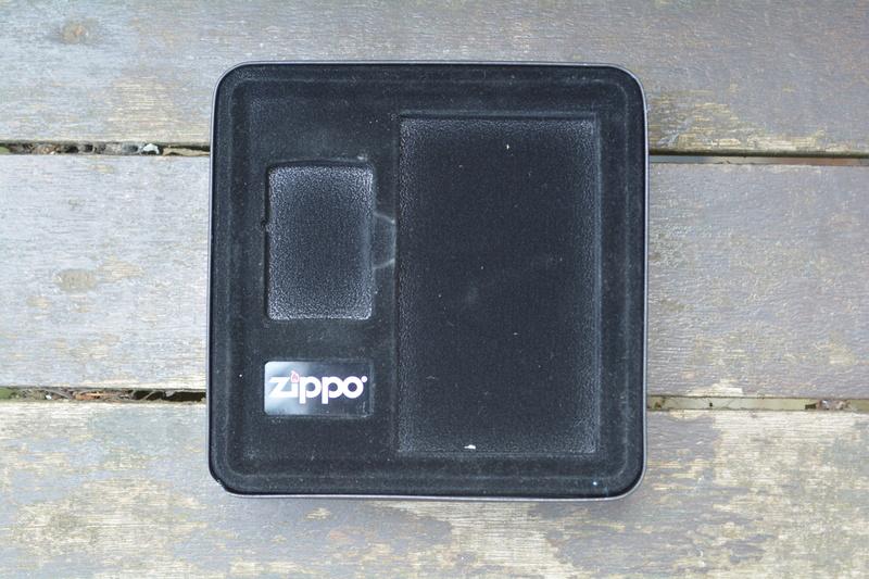 Les boites Zippo au fil du temps - Page 2 Dsc_3526
