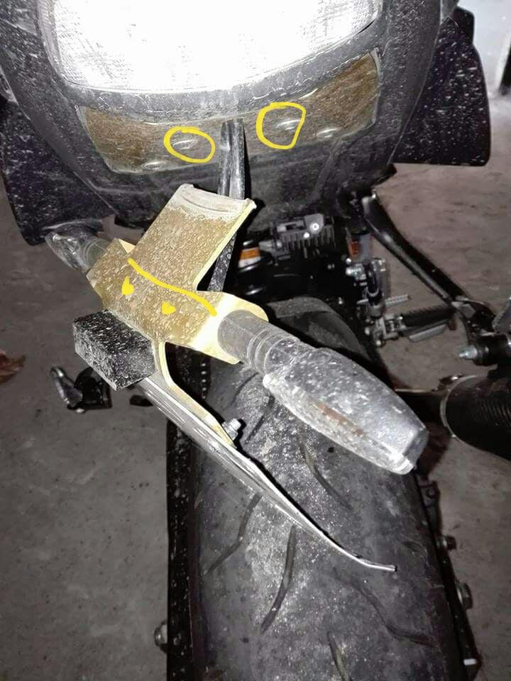 Support de plaque GSR 750 s2 concept sectionné 18447410