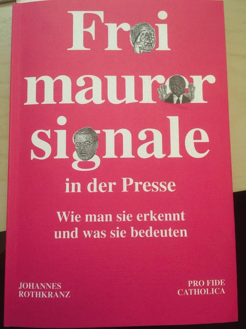 Allgemeine Freimaurer-Symbolik & Marionetten-Mimik - Seite 15 Img_3610