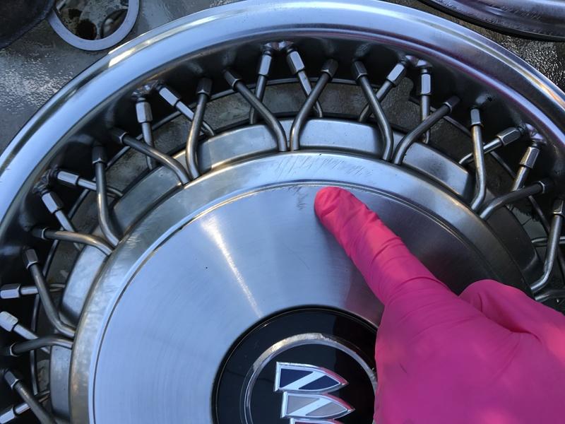"3 Buick RMW 15"" spoke hubcaps for sale Rmw_hu18"
