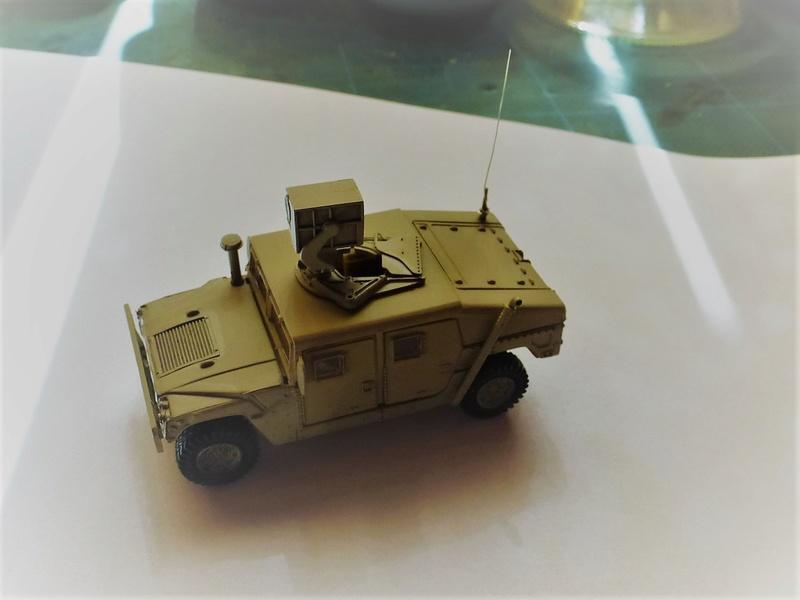 HMMWV (Hummer) 1/72 Revell et Dragon Hmmwv_12