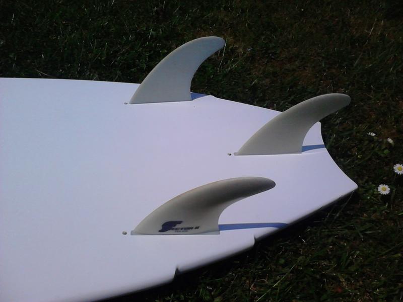 Surf proto Kakoo F-one fish 5.4 pour bricoleur 70€ Dsc_6511