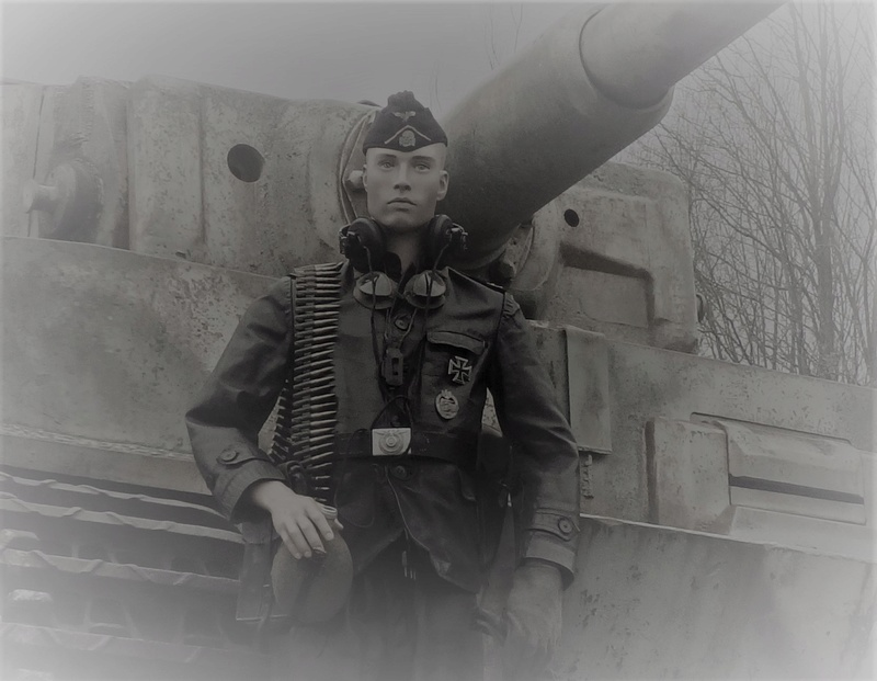 mon mannequin 12 ss panzer division P3240011