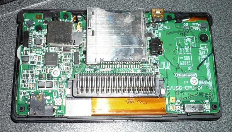 [vendue] Console Nintendo DS lite - même pas de led P1070810