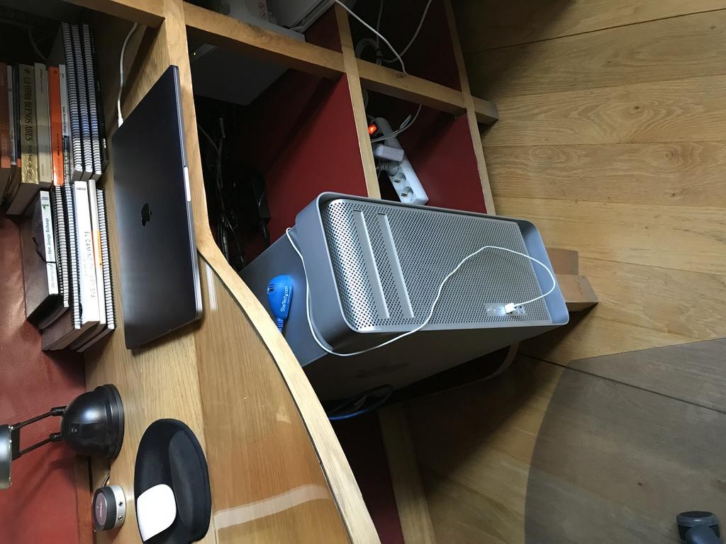 """Vendo Mac Pro 2010 5.1 con muchas ampliaciones + Apple Cinema display de 30"""" (Madrid)  Img_5811"""
