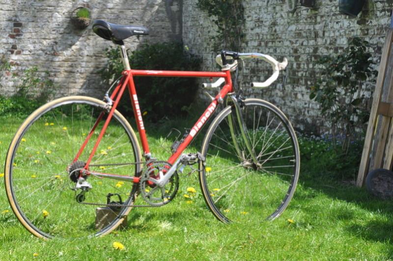 Bianchi rouge année 90 Dsc_0019