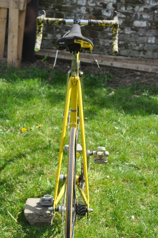 Eddy Merckx strada jaune Dsc_0024