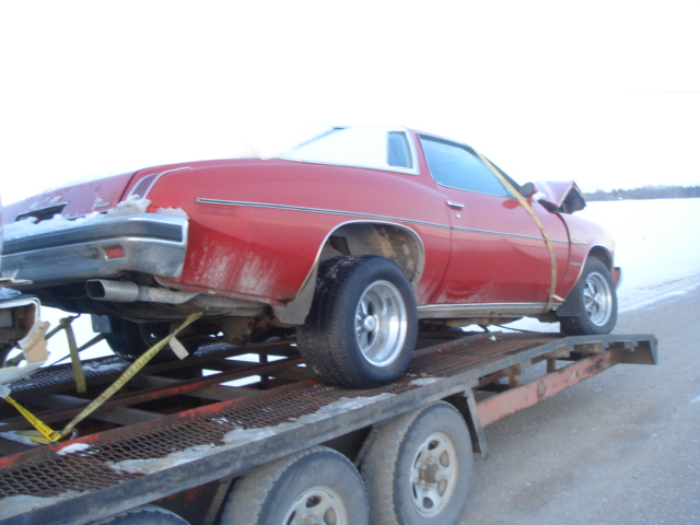 Parting Out: Complete 75 Malibu Classic 2dr Dsc03713