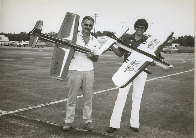 Aeromodelismo clássico - Modelos, kits, motores e tudo mais  - Página 4 1975_w10