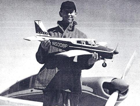 Aeromodelismo clássico - Modelos, kits, motores e tudo mais  - Página 4 P410