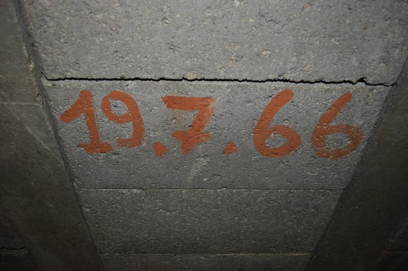 aménagement de mon sous/sol en ATELIER - Page 2 161_re10