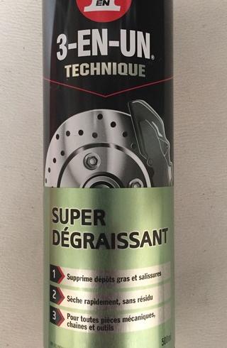 nettoyage des pneu a flanc blanc - Page 3 Img_3410