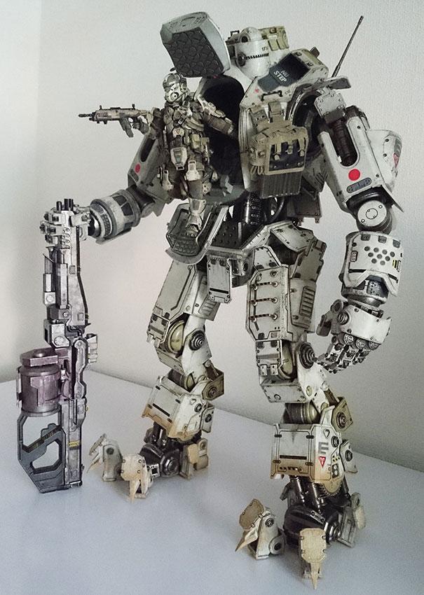 Le robots mixeur de Youtube Titan-10
