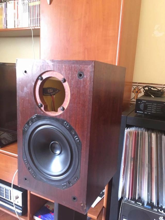 Quais as colunas ideiais para um Audiolab 8000A? 18362010
