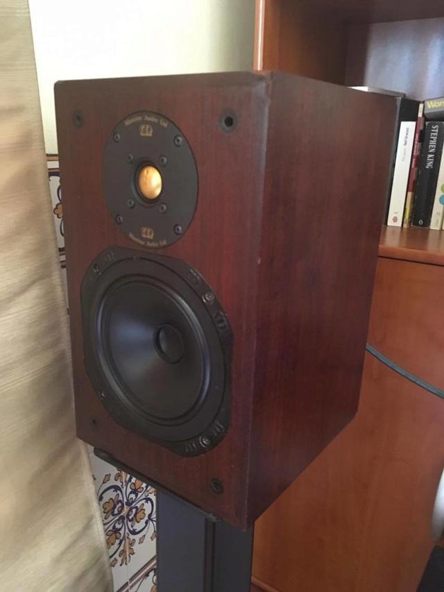 Quais as colunas ideiais para um Audiolab 8000A? 18378910