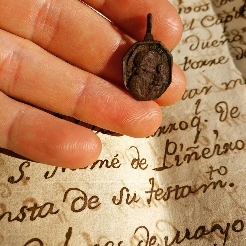Medalla de San José / San Francisco de Paula -s. XVII- Img_2012