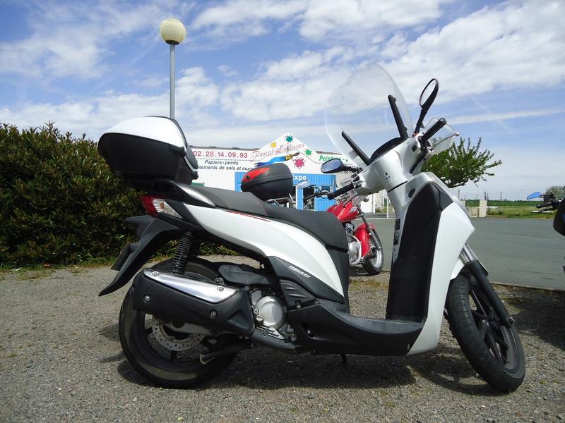 Honda SH 300i à vendre Dsc01510