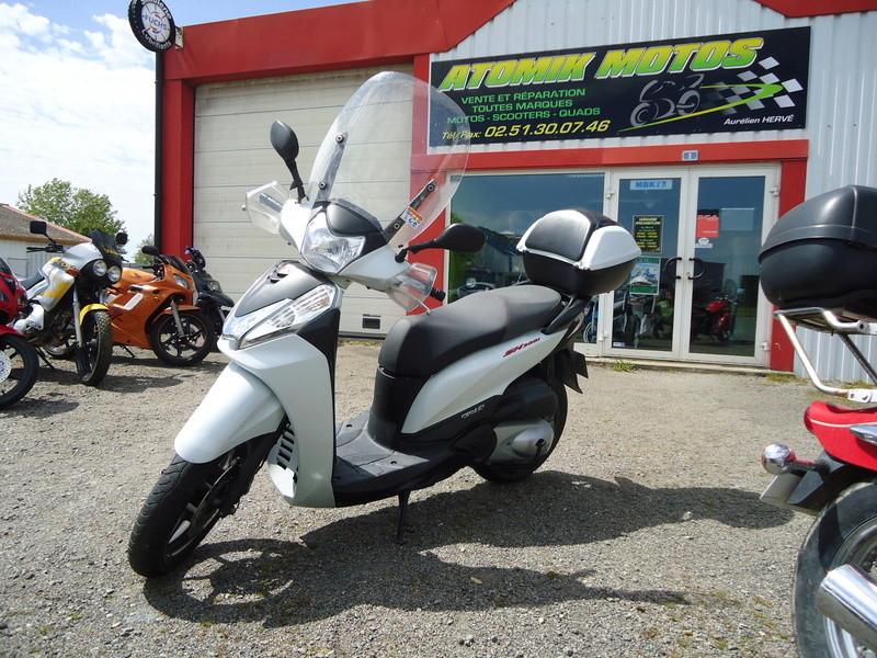 Honda SH 300i à vendre Dsc01511