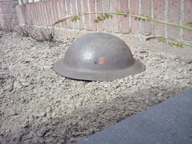 Belgian Mk II helmet Information? Img-2014
