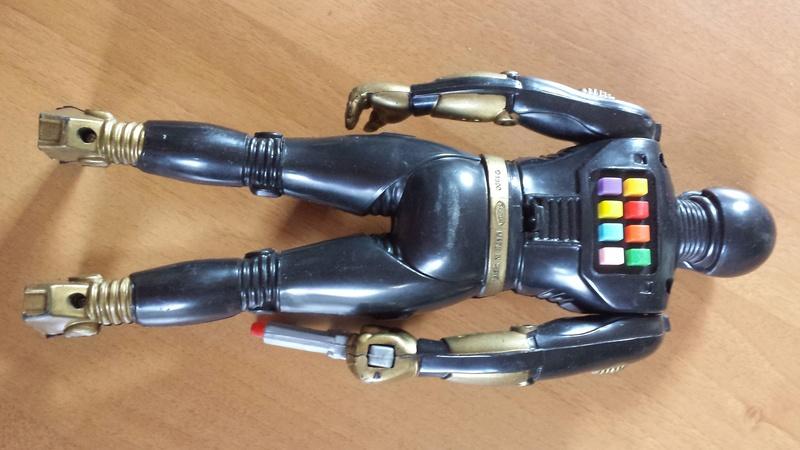 Robot elettronico. 14962414