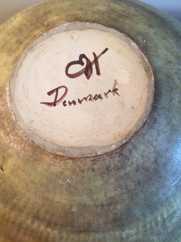 Bowl with Danish mark - Eigil Hinrichsen _57_112