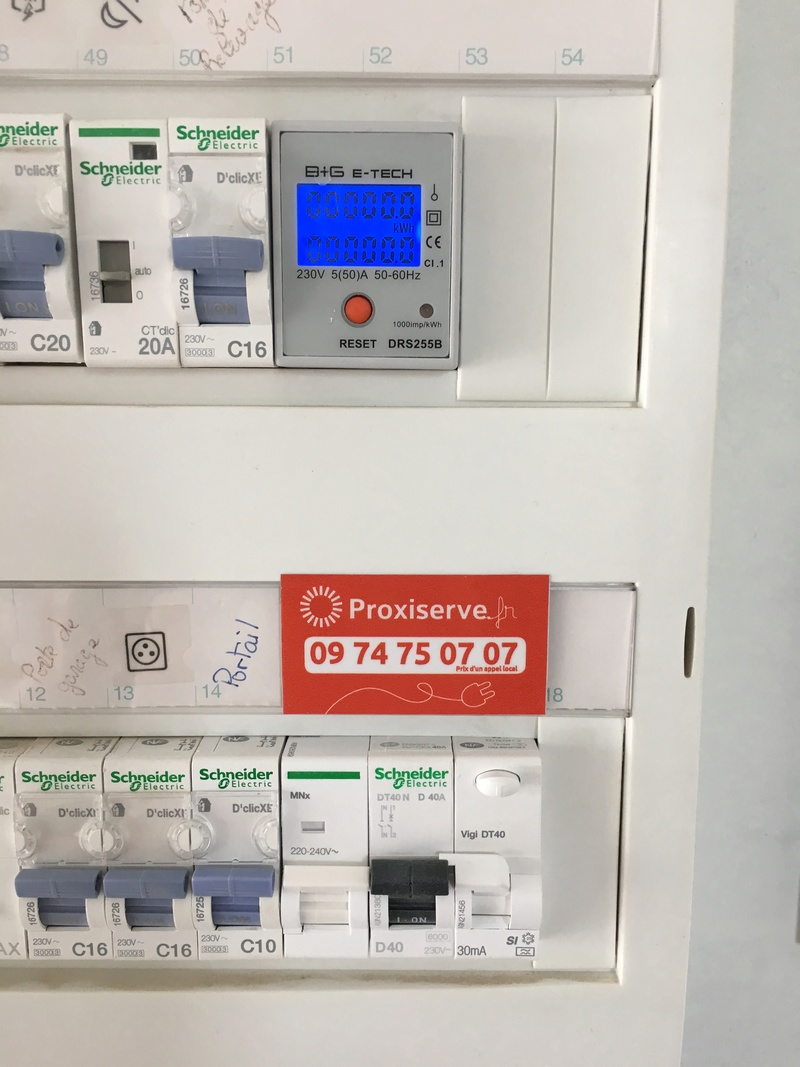 Installation de ma borne Schneider 7 kW par Proxiserve Img_2117