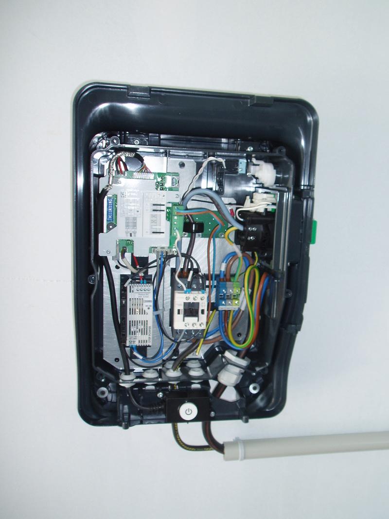 Installation de ma borne Schneider 7 kW par Proxiserve P5151812