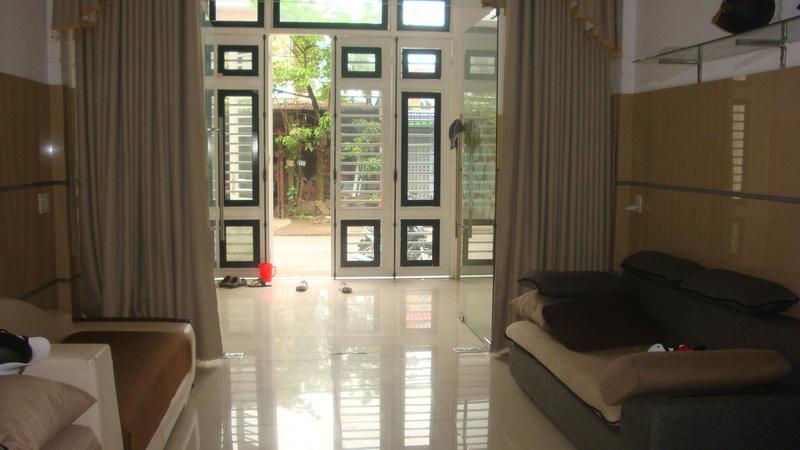 Cần bán nhà 2 tầng mặt tiền Thành Phố Huế Dsc07411