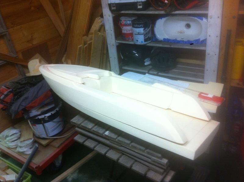 Nouveau projet yacht de plaisance rc en composite fibre de verre par joce. Img_0979