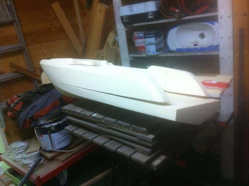 Nouveau projet yacht de plaisance rc en composite fibre de verre par joce. Img_0980