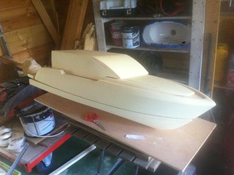 Nouveau projet yacht de plaisance rc en composite fibre de verre par joce. Img_0984