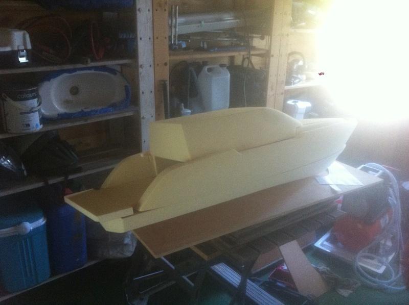 Nouveau projet yacht de plaisance rc en composite fibre de verre par joce. Img_0985