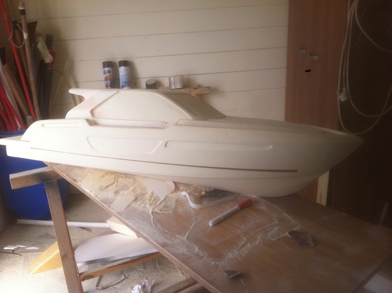 Nouveau projet yacht de plaisance rc en composite fibre de verre par joce. Img_0994