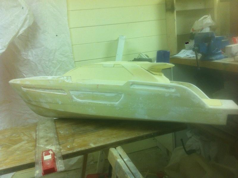 Nouveau projet yacht de plaisance rc en composite fibre de verre par joce. Img_1016
