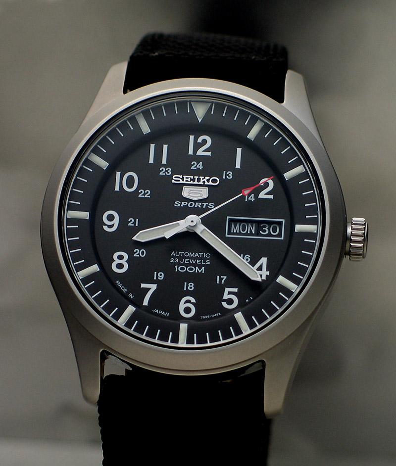 Laquelle comme première montre? D7455110